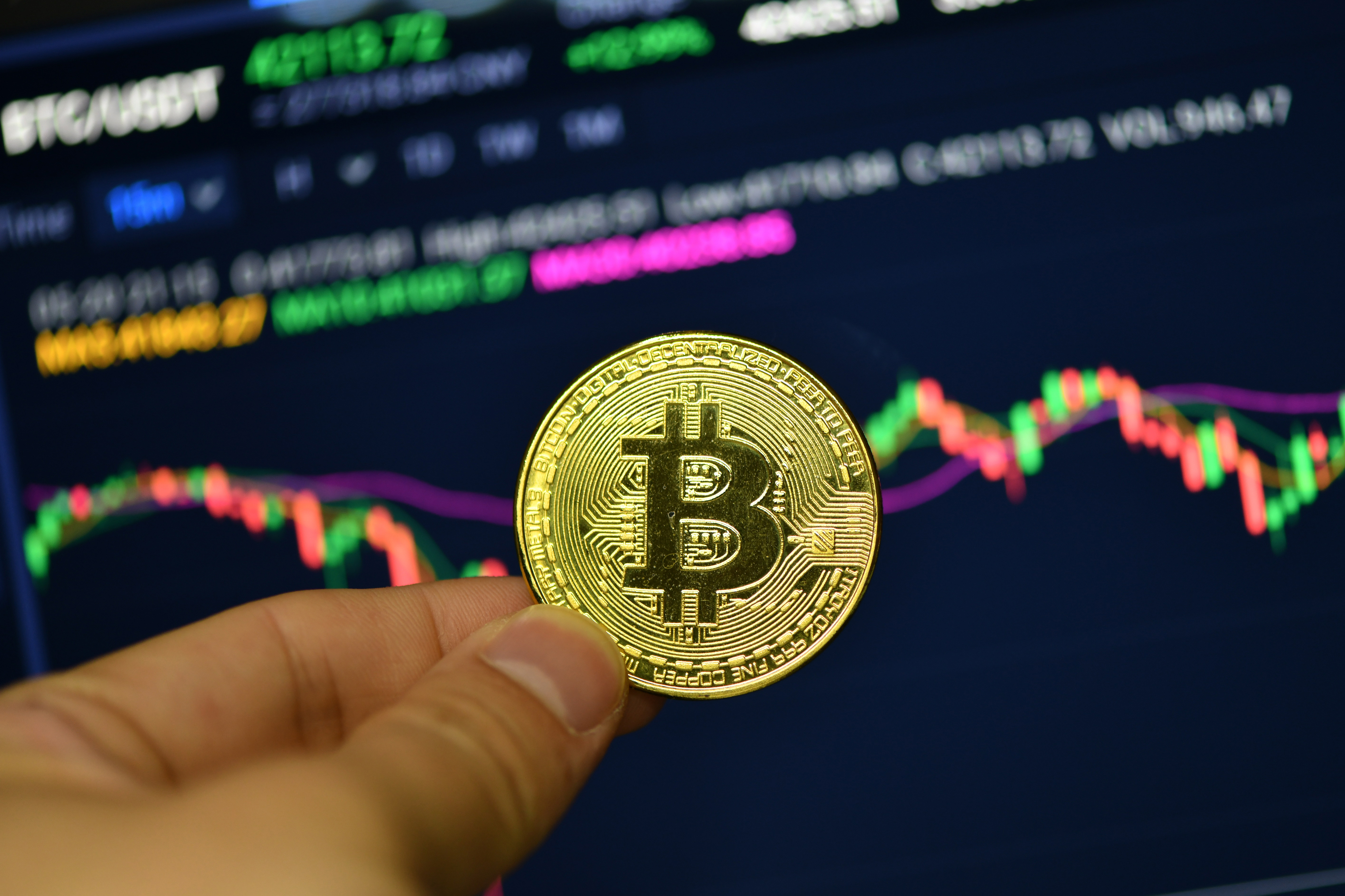 Bitcoin price jumps amid rumours Amazon might accept crypto payments