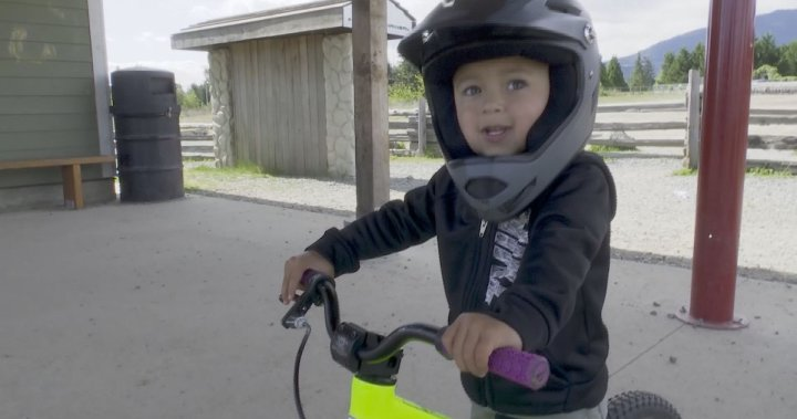 Nanaimo cyclist is a big hit on <b>TikTok</b>. He's not even 3 years old thumbnail