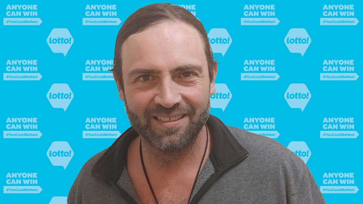 Philip Chizmazia of Peachland won $25,005.50 while playing Keno in Kamloops on March 27.