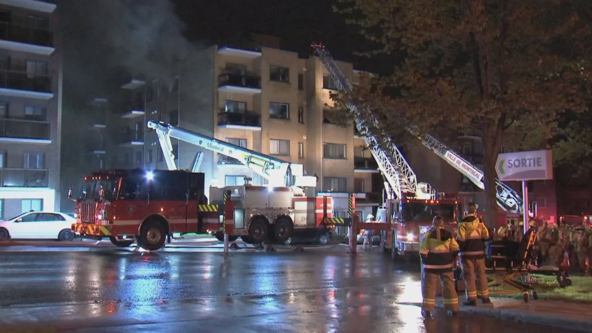 Fire in an apartment block in Côte-Des-Neiges—Notre-Dame-De-Grâce forces residents from their homes. Monday, May 10, 2021.