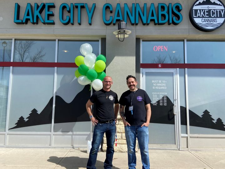 globalnews.ca - ckdec - High cannabis sales during the pandemic allows Calgary business to expand