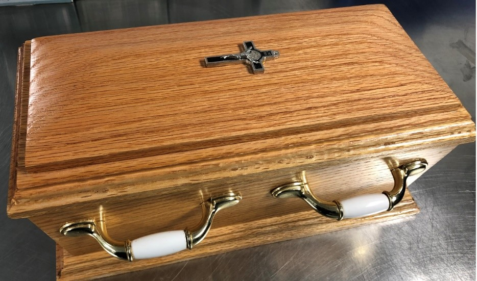 Winnipeg police want to return this urn to its owner.