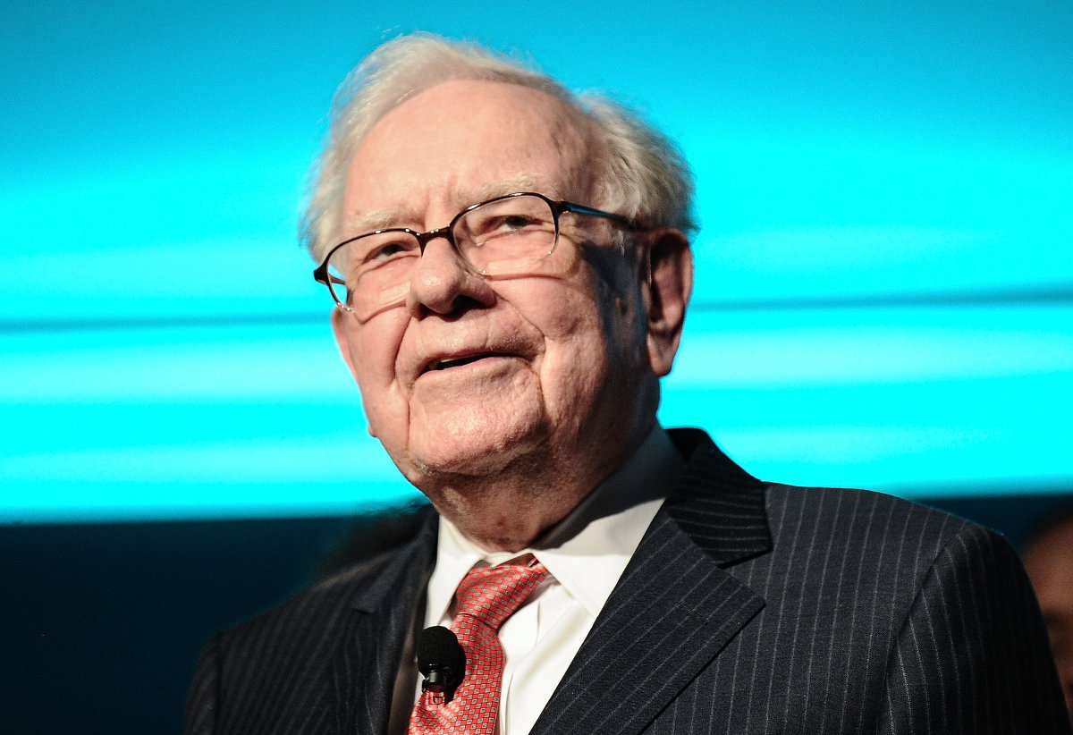 Warren Buffett is joined onstage by 24 other philanthropist and influential business people featured on the Forbes list of 100 Greatest Business Minds during the Forbes Media Centennial Celebration at Pier 60 on Sept. 19, 2017 in New York City.