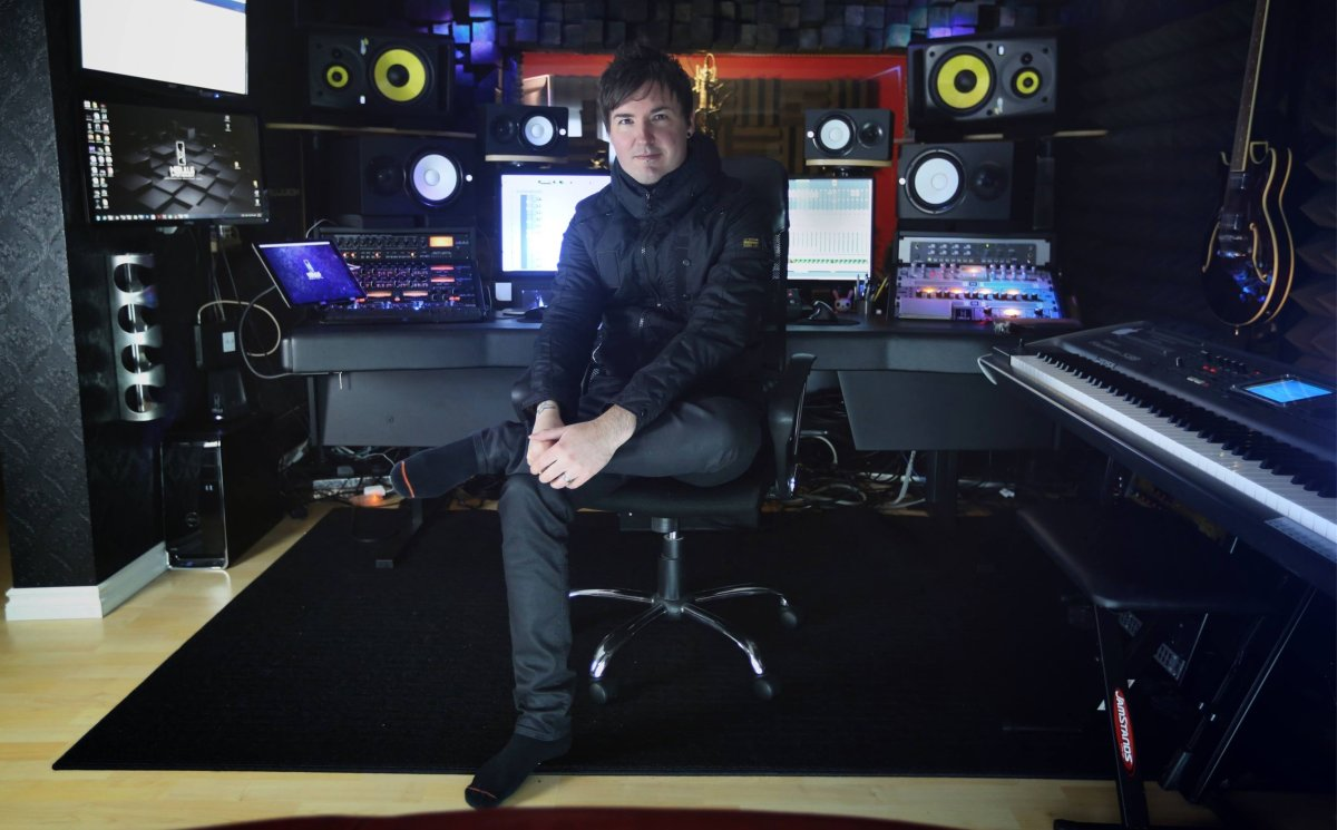 The music of Moose Jaw producer Jared Robinson is being used in a commercial for Canadian filmmaker and director James Cameron's MasterClass.