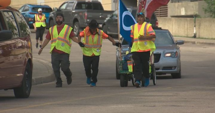 Alberta men begin walk to Ottawa to honour missing, murdered Indigenous women and girls