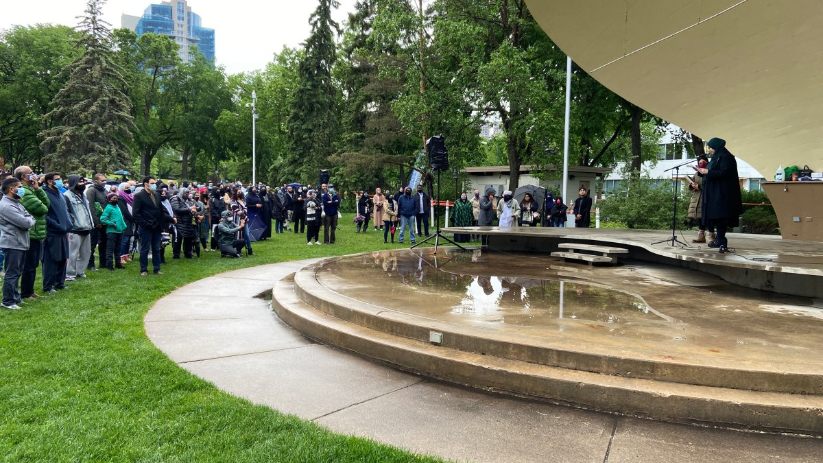 Three days after four members of a Muslim family were struck and killed by a vehicle in London, Ont., in what police believe was a hate-motivated crime, hundreds of Edmontonians gathered outside the Alberta legislature to pray for the dead and the boy who survived and to speak out against Islamophobia.