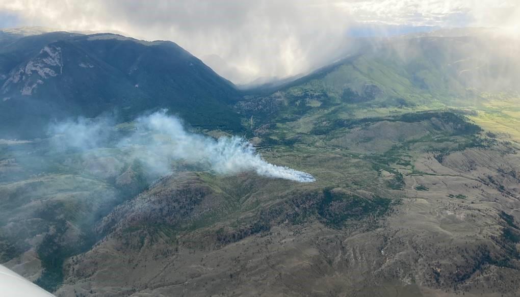 A new wildfire burning near Aschroft, B.C., seen on Sunday, June 6, 2021.