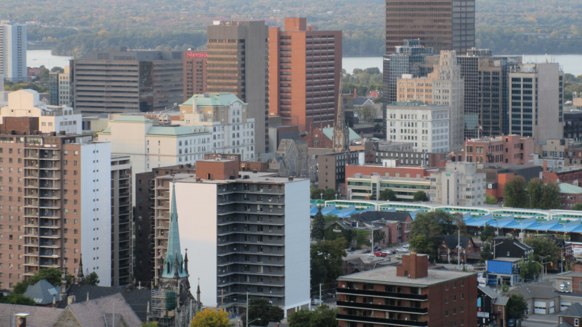 A view of the city of Hamilton, Ont. from Sam Lawrence Park.