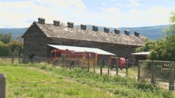 Continue reading: Passerby, fire department douse small hay blaze beside former tobacco barn in Kelowna