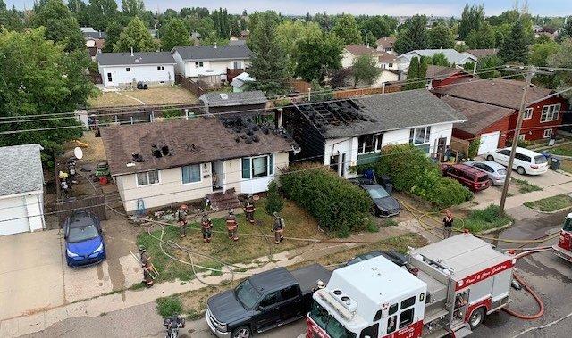 Multiple houses catch fire in Saskatoon: Fire department – Saskatoon   Globalnews.ca