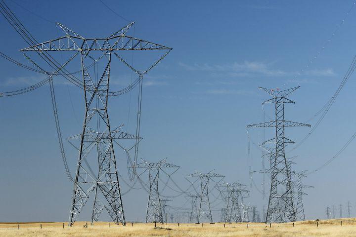 High voltage transmission power lines near Brooks, Alta., on Sept. 11, 2020.