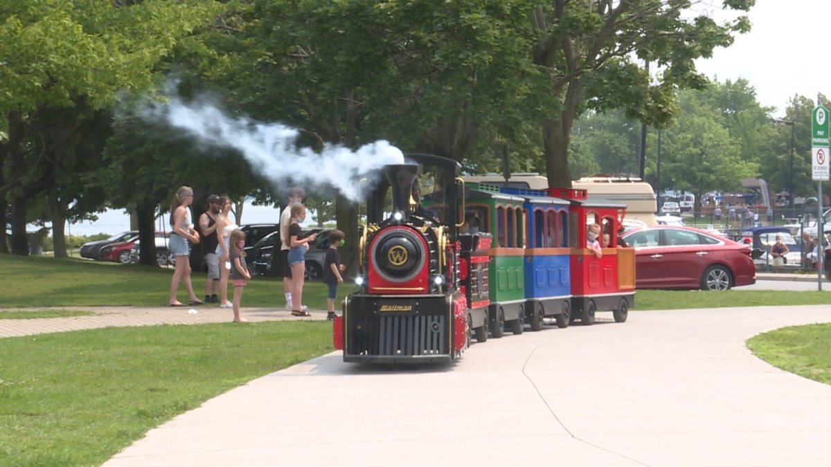 The Aquatarium Express brings riders around Blockhouse Islands and through the city's historic railway tunnel.