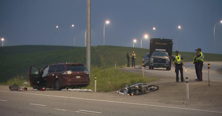 Motorcyclist dead after being struck by vehicle on Calgary's Deerfoot Trail – Calgary