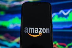 Play video: Amazon CEO Jeff Bezos to step down in 3rd quarter