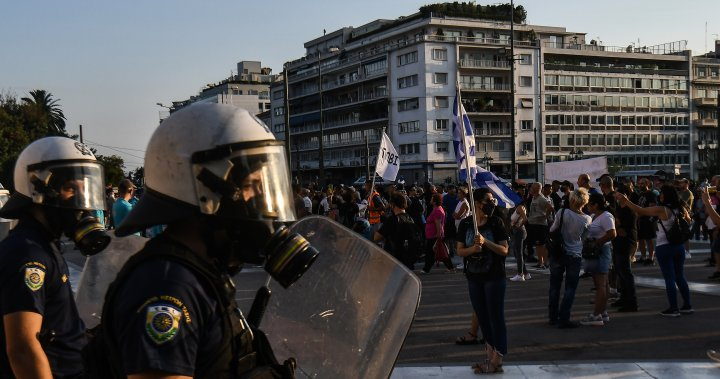 Greek police conflict with protesters opposing necessary COVID-19 vaccinations – Nationwide   Globalnews.ca