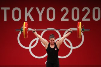 GettyImages 1330897363 Weightlifting