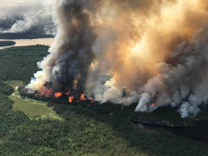 The Kenora51 wildfire burns in northern Ontario as thousands were evacuated from five First Nations due to conditions.