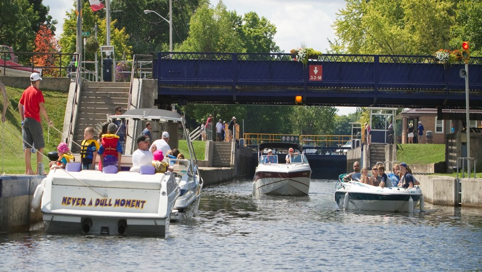 The Bobcaygeon Swing Bridge will reopen to vehicular traffic in December.