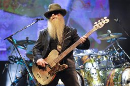 Continue reading: Dusty Hill, longtime bassist for ZZ Top, dies at 72