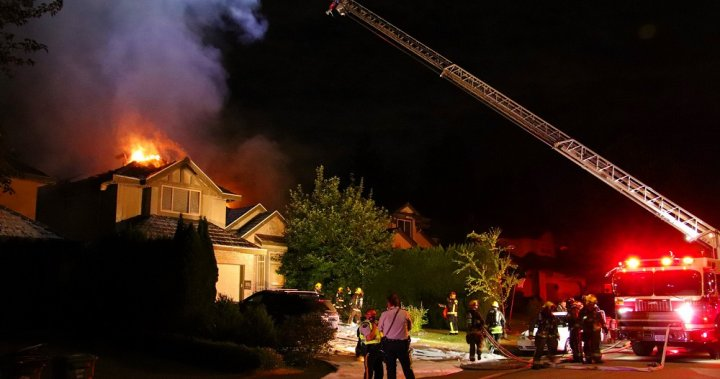 Fire scorches home in Surrey's Fraser Heights neighbourhood – BC