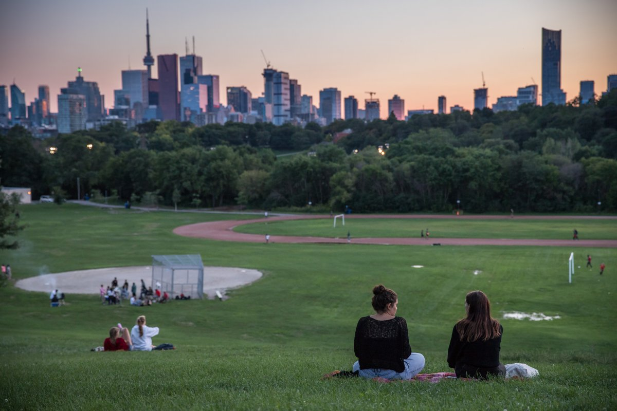 Toronto residents encouraged to see the city like a tourist, try something new this summer - image