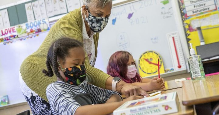 Parents concerned about COVID-19 in schools, 8 in 10 support mask mandates: survey