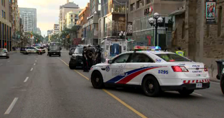 18-year-old cyclist dead after being hit by cement truck in Toronto, police say – Toronto
