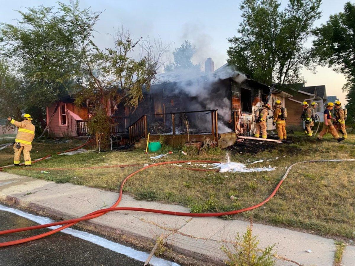Regina fire crews responded to a duplex fire Sunday morning.
