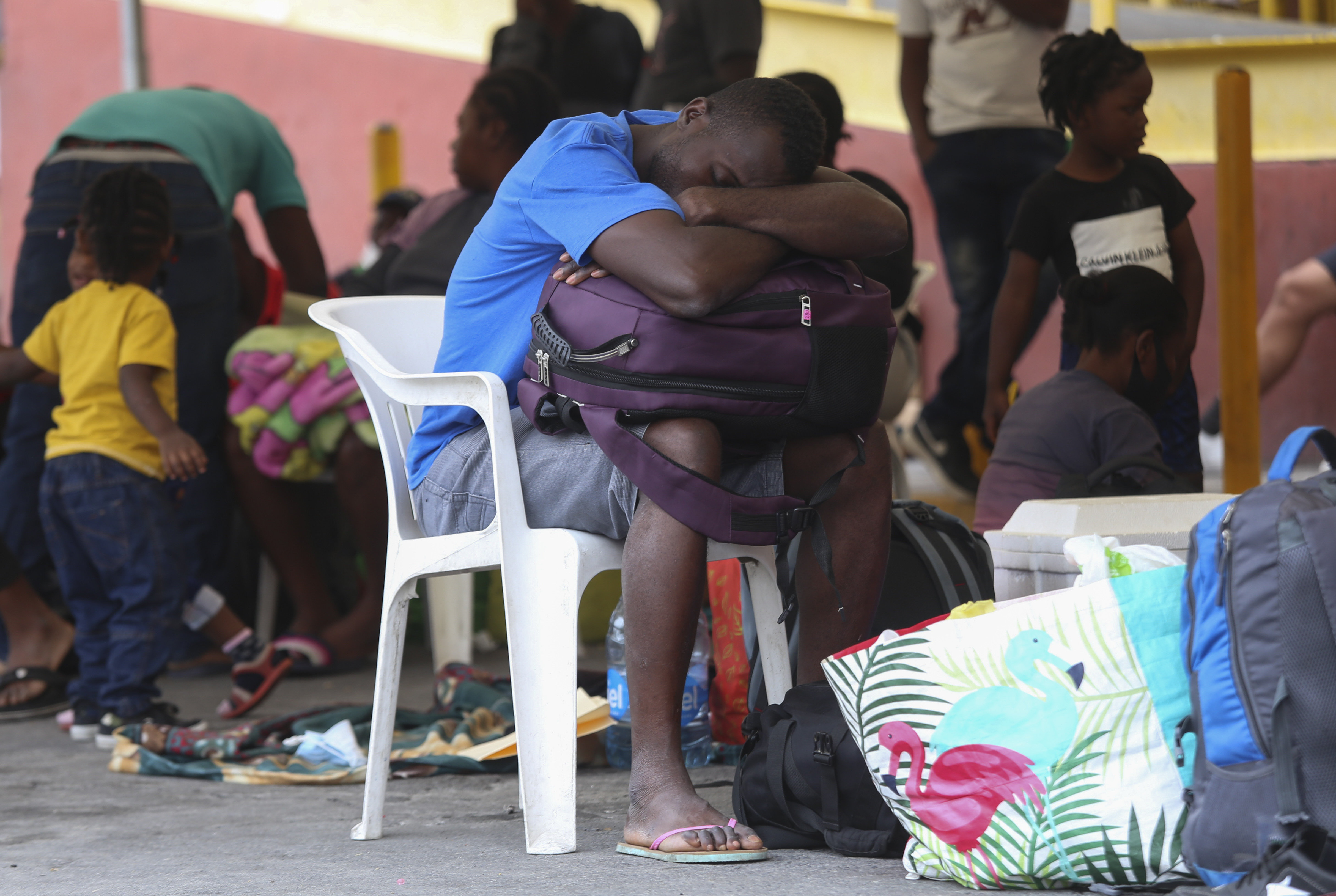 Biden under pressure as U.S. releases some Haitians at border, deports others