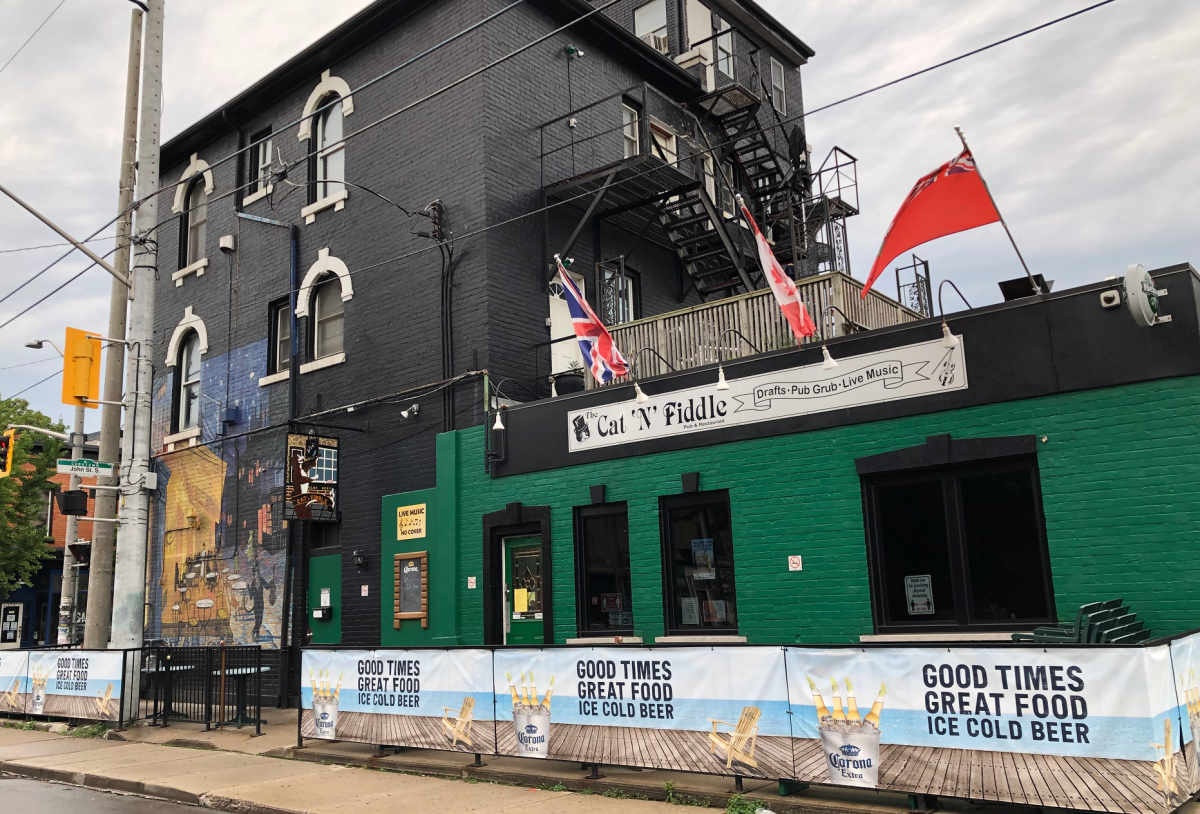 After 28 years, the Cat'N'Fiddle pub is closing its doors on Oct. 2.