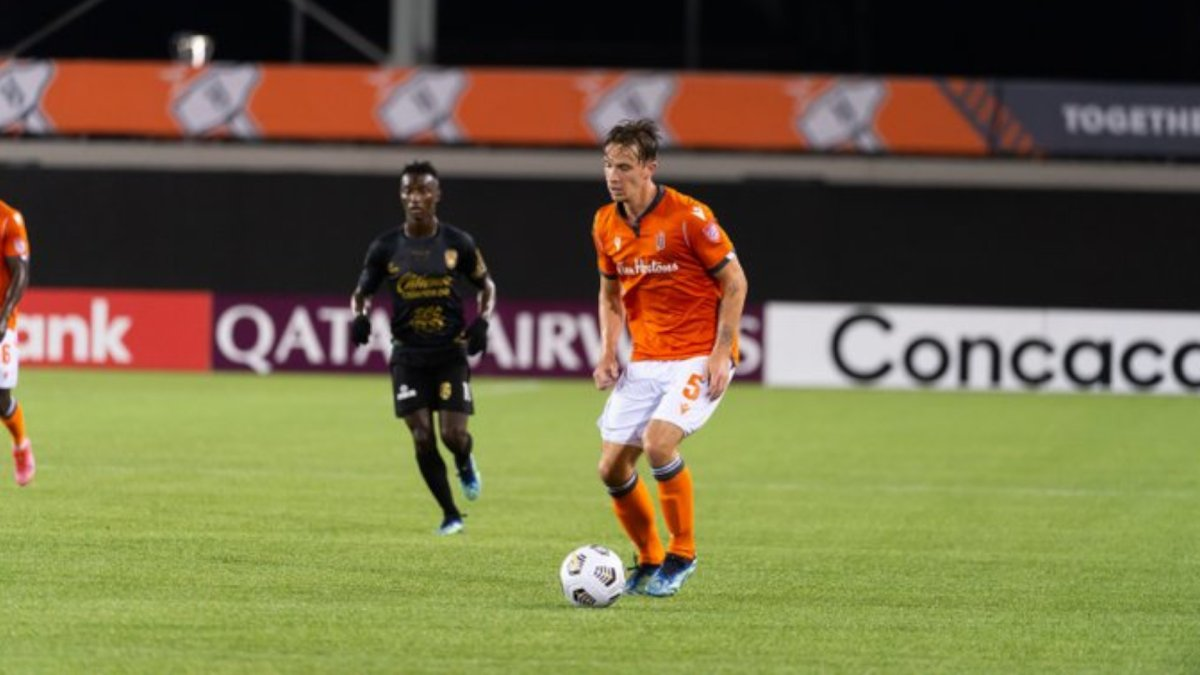 Forge FC defender Daniel Krutzen with the ball during a CONCACAF league match at Tim Horton's Field on Sept. 21, 2021.