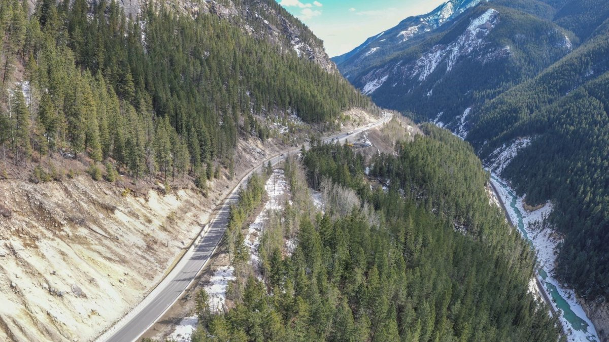 A section of the Kicking Horse Canyon along the Trans-Canada Highway in B.C. Starting Sept. 20, ongoing construction on the Kicking Horse Canyon project will ramp up, with multi-day, 24-hour closures occurring until Dec. 1.