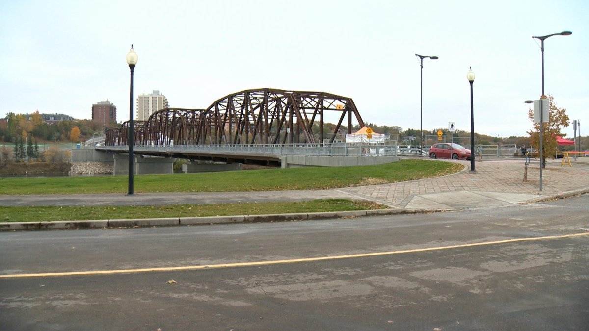 The Traffic Bridge is closed to traffic through Monday morning for washing work.
