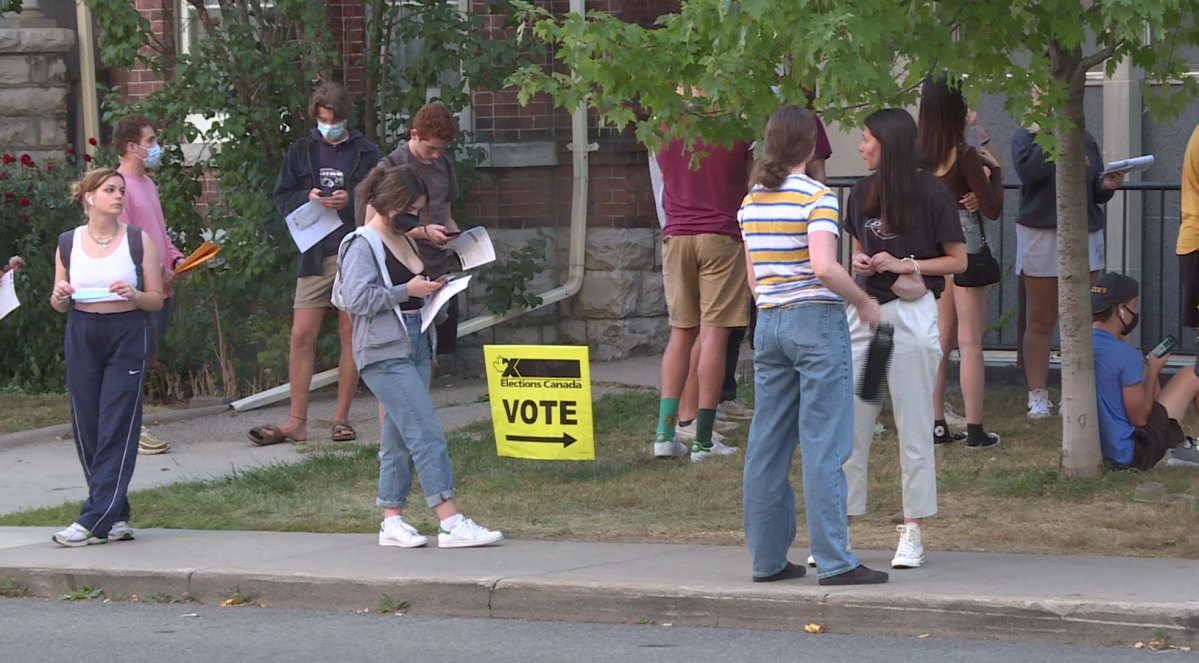 Elections Canada said 500 students registered in Kingston on election day, causing long lineups at certain polling stations near Queen's University.