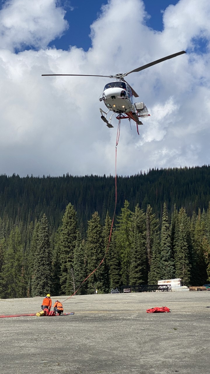 A young couple who got lost hiking was helicoptered out after spending the night on Silver Star Mountain.