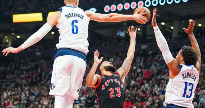 Doncic, Hardaway combine for 52 pts to down Raps