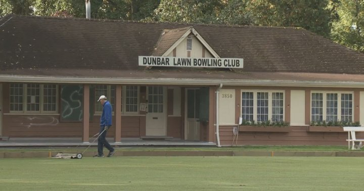 Historic Dunbar Lawn Bowling Club on Vancouver's west side vandalized – BC