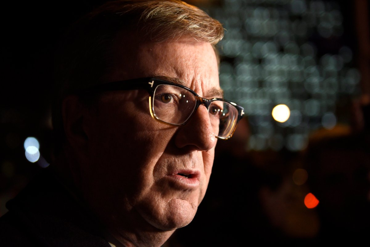 Ottawa Mayor Jim Watson supported calls for the auditor general to investigate the Confederation Line LRT in lieu of a judicial inquiry into the troublesome system at Wednesday's city council meeting.