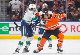 Continue reading: Edmonton Oilers ponder future of fighting after Zack Kassian injury