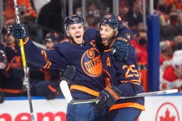 Continue reading: Connor McDavid's hat trick leads Edmonton Oilers over Flames