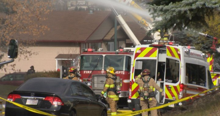 6 people, dog displaced after Calgary house fire – Calgary