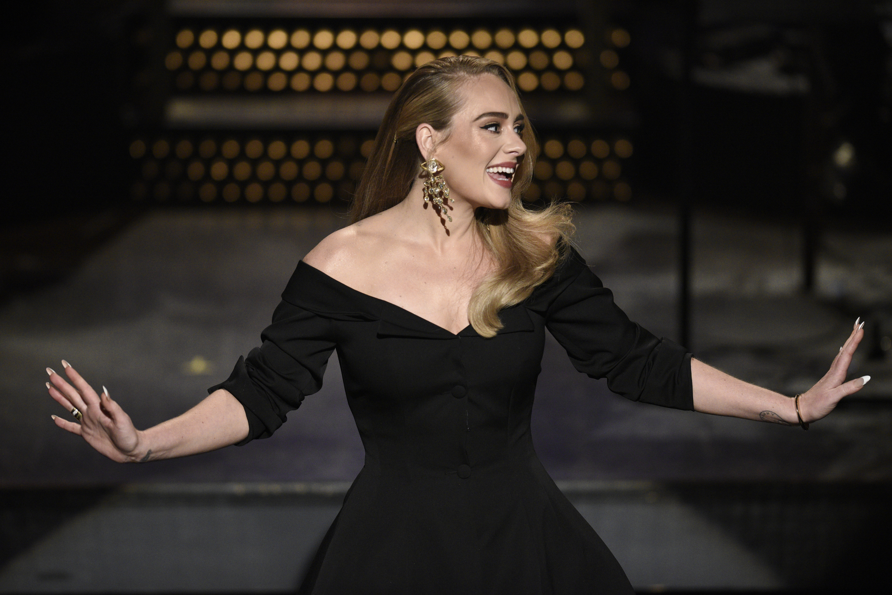 Adele is back — and her new album's debut single is full of Quebec connections
