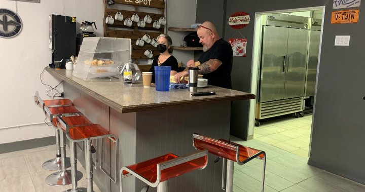 On Rock Community Services officially opens pay-it-forward cafe in Montreal – Montreal | Globalnews.ca